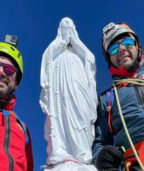 I soci Marco D'Amico e Lorenzo Longo sulla cima del GRAN PARADISO (4.061 mt.)